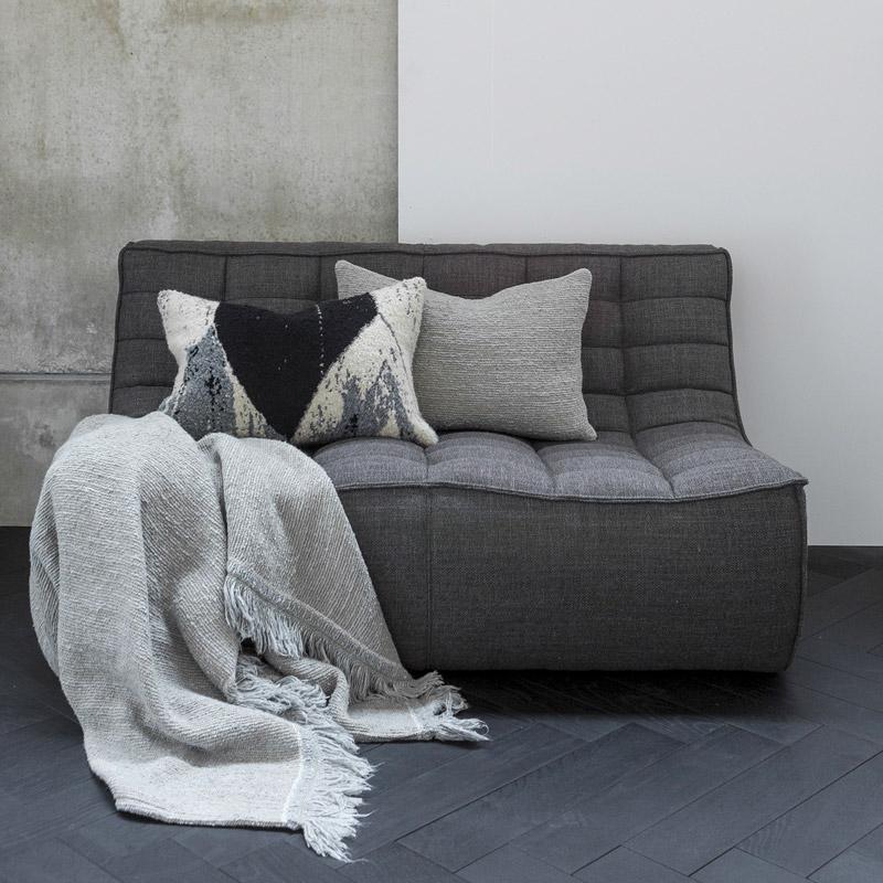 Ethnicraft-N701-Sofa-2-zit-grijs-4